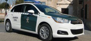 1coche_guardia_civil